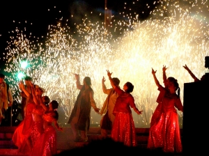 Bollywood_dance_show_in_Bristol